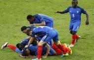 Victoire 2-1 des Bleus lors du match d'ouverture de l'Euro contre la Roumanie : Du stress ... et Payet !