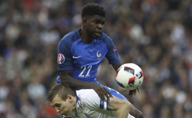 Umtiti, un jeune mais solide défenseur en équipe de France