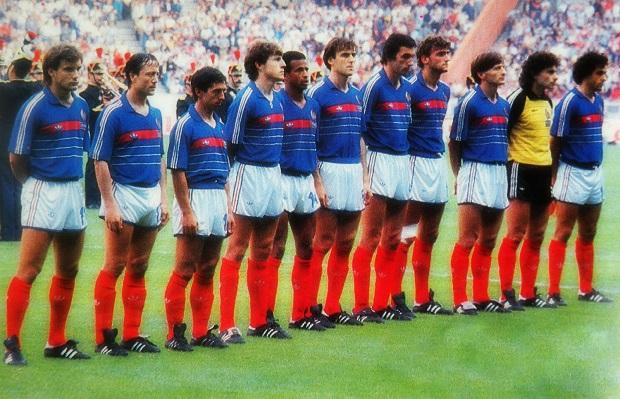 La sélection de Michel Hidalgo en finale de l'Euro 84