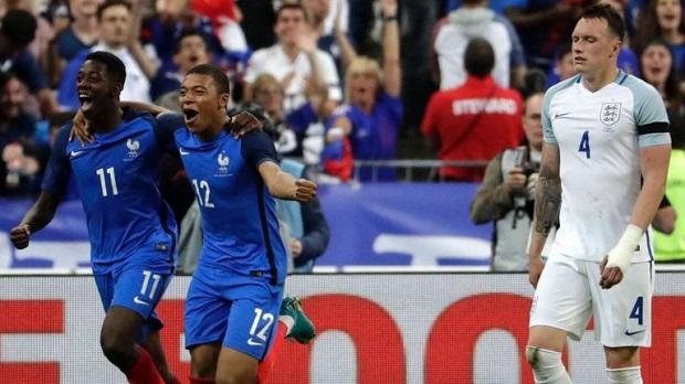 Dembélé, Mbappé et la France font chavirer l'Angleterre