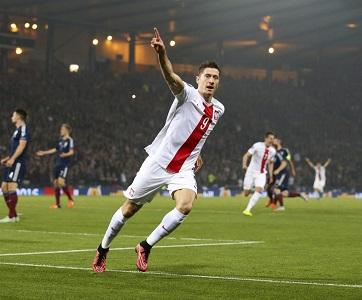 L'attaquant de la Pologne Robert Lewandowski