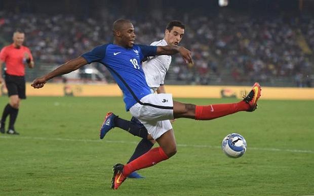 Djibril Sidibé pourrait animer le flanc droit de la défense à la Coupe du Monde